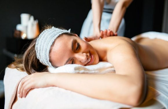 Relaxing & Detoxifying Massage